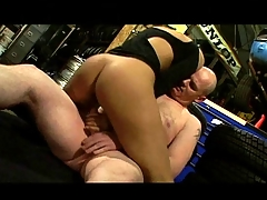 British slut Sahara Knite acquires nailed in a garage in boots